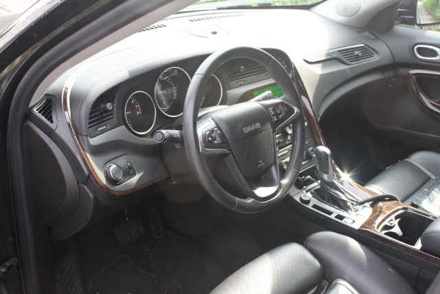 picture of 9-4X interior